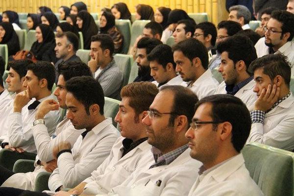 میزان تعهدات فارغ التحصیلان فوق تخصصی پزشکی کاهش یافت