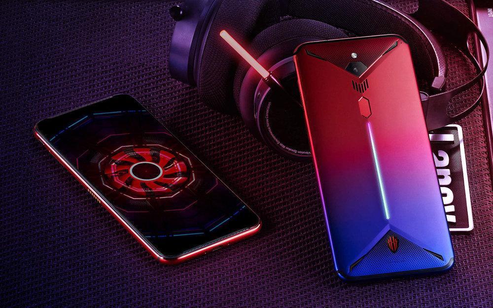 این گوشی هوشمند مخصوص گیم در خود فن خنک کننده دارد، عکس