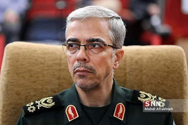 سرلشکر باقری: برای تامین نیازهای دفاعی نگاه به بیرون نداریم، در دفاع از کشور به خودکفائی کامل رسیده ایم