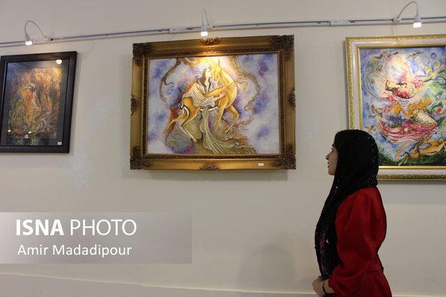 تبلور هنرهای ایرانی در نگارخانه فرهنگسرای جهاددانشگاهی خراسان جنوبی