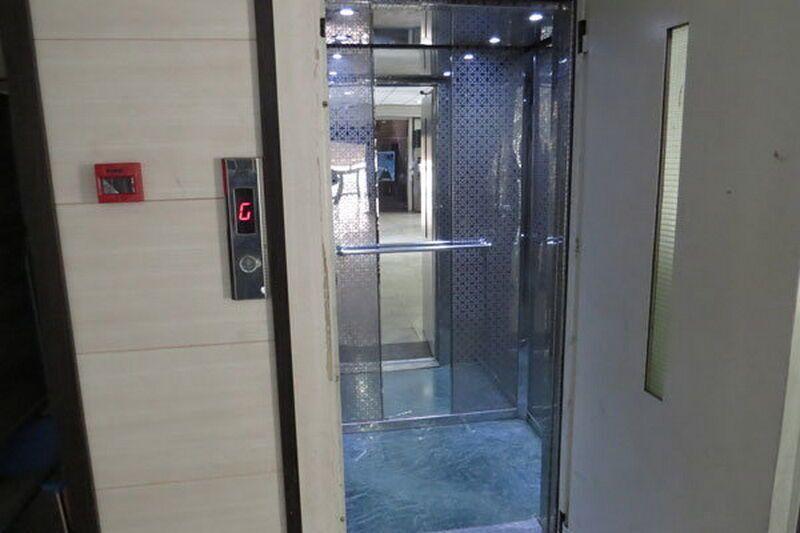 خبرنگاران صدور سرانجام کار برای ساختمان ها بدون تاییدیه ایمنی آسانسور خلاف قانون است