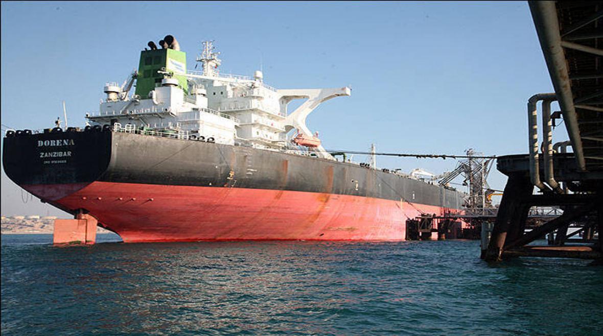 رویترز: نفتکش های ایران در حال نزدیک شدن به کارائیب هستند