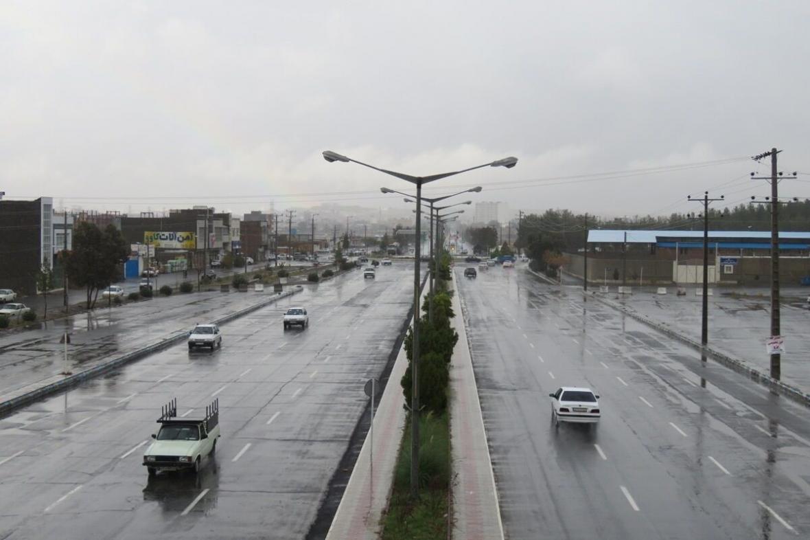 خبرنگاران هشدار مدیریت بحران خراسان جنوبی درباره بارش رگباری
