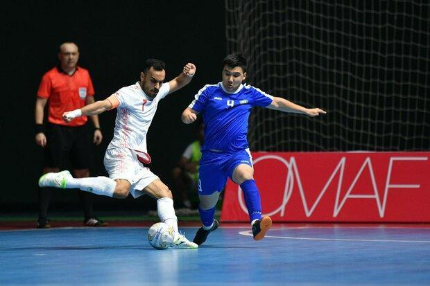 پیروزی تیم ملی فوتسال ایران برابر ازبکستان با حضور تماشاگران