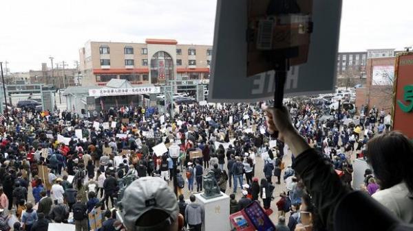 هزاران نفر در اعتراض به نژادپرستی علیه آسیایی ها تظاهرات کردند