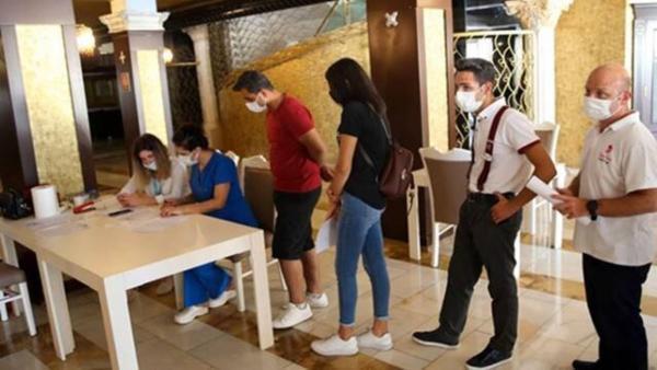 مسافران ایرانی در ترکیه واکسینه نمی شوند